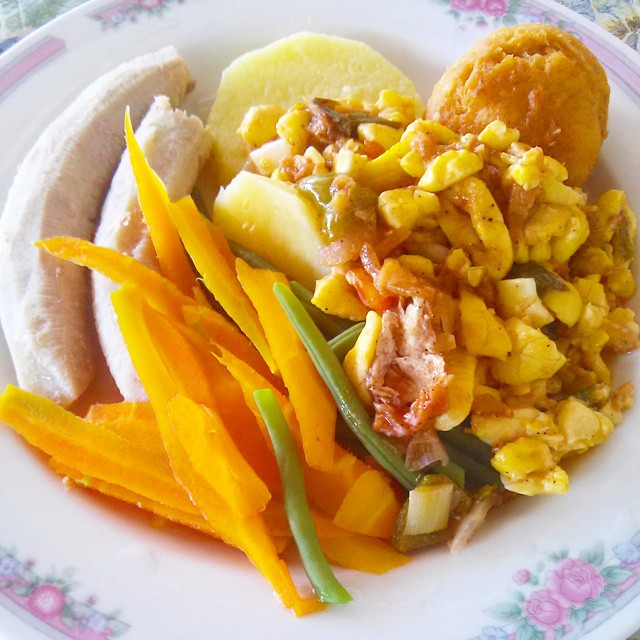 casiosa #Lunch- #Ackee + #Potatoes + #Bananas + #Vegetables.