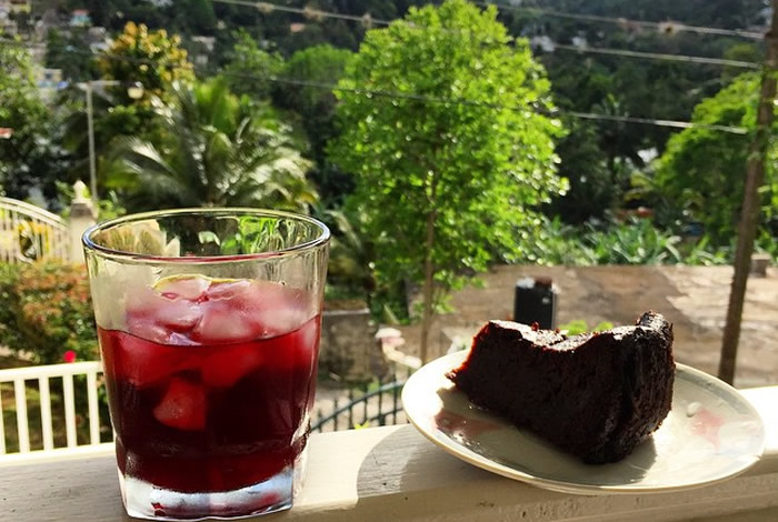 How To Prepare Jamaican Sorrel With Rum In 7 Steps I Am
