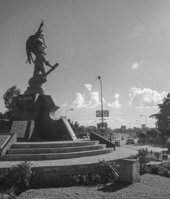 Bob Marley statue in Addis Ababa, Ethiopia. Photo @nestagarrick