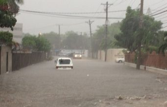Streets Flooding in Jamaica ahead of Category 4 Hurricane Matthew