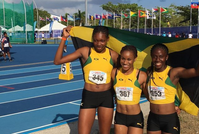 Team Jamaica U-20 Girls wins 4x100m Gold at Carifta Games 2019
