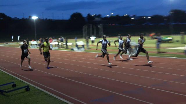 Yohan Blake runs 9.98 in Florida 100m